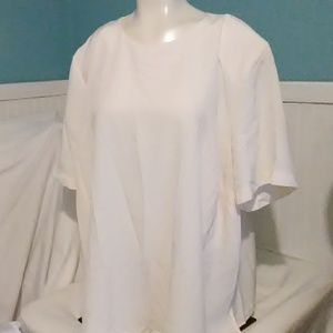 Maggie Barnes Short Sleeve Blouse. Size 2X